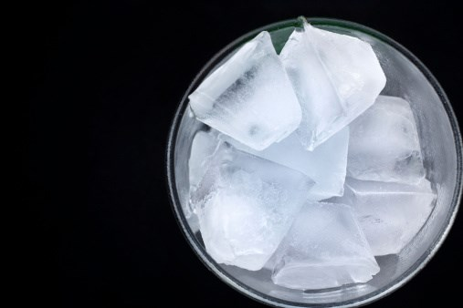 "Does an Ice Diet ""Melt"" Away the Pounds?"