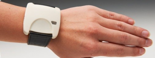 New Wrist-Worn Device Monitors Parkinson's Symptoms, Sends Medication Reminders