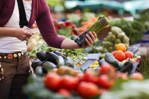 Leafy Vegetable Diet can Lower Primary Open-Angle Glaucoma Risk