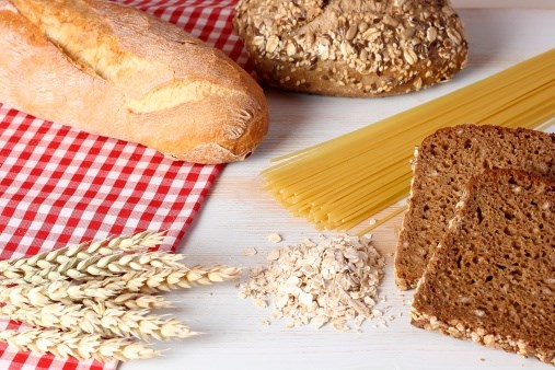 When Replacing Dietary Fats With Carbs, Type Matters for CHD Risk