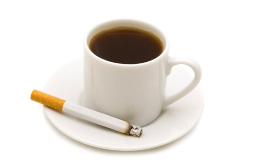 How Do Caffeine and Smoking Affect Patients with Schizophrenia?