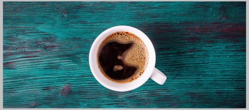 Researchers found that those who drank at least four cups of coffee a day had a 64% lower risk of death