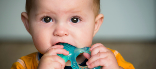 Improved gross motor test scores at age 9 months