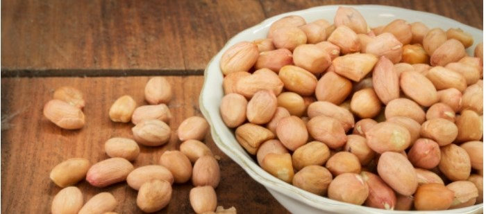 Forty peanut-allergic children aged 9–36 months were randomized to high- or low-dose OIT