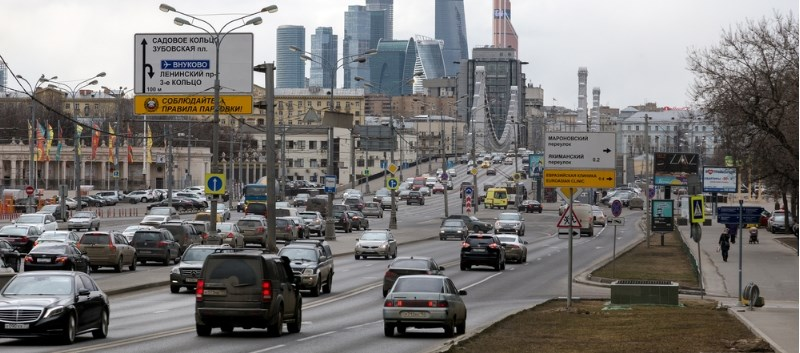 Is Proximity to Major Roads a Factor in Dementia Risk?