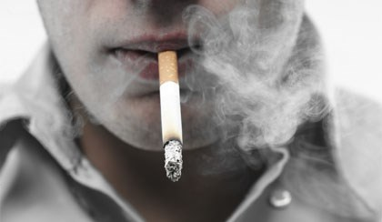 Smoking May Cause Psychosis, Study Suggests