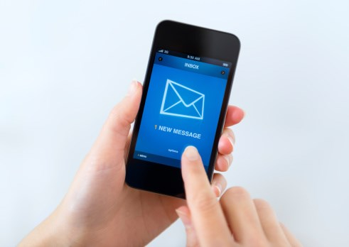Study finds the ability to communicate via e-mail may help improve health