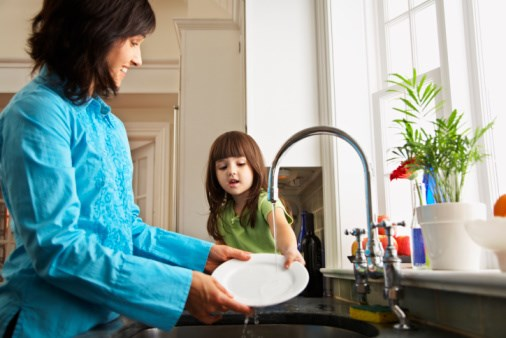 How Washing Dishes, Child Allergy Development May Be Linked