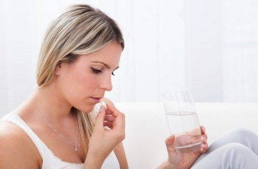 Women Wishing to Conceive May Want to Avoid These Pain Meds, Study Suggests