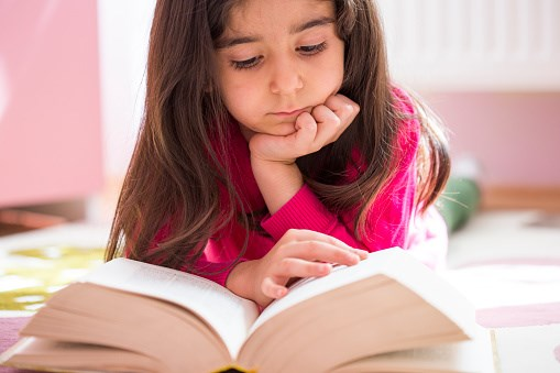 Gene Variant Linked to Nearsightedness, But Only in Certain Kids
