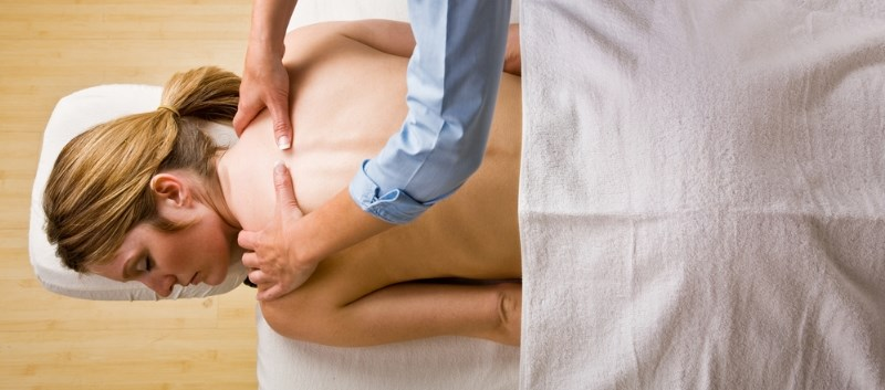 Massage Improves Pain, Lymphedema in Female CA Patients
