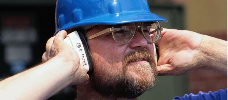 High BP, elevated cholesterol, hearing problems more common among workers exposed to loud noise